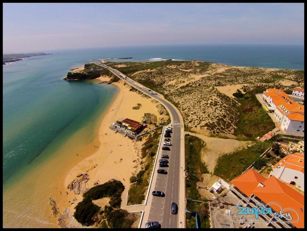 praia franquia e farol vila nova de milfontes